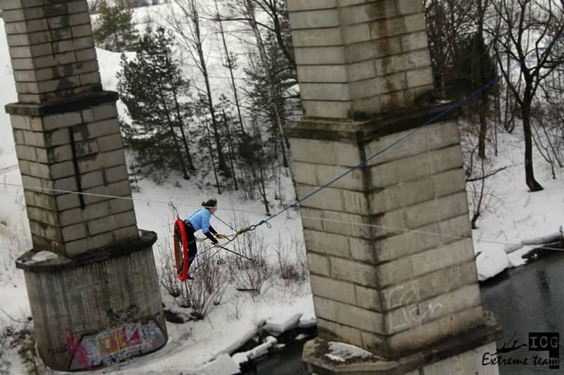 Качели с отцепкой в Московской области