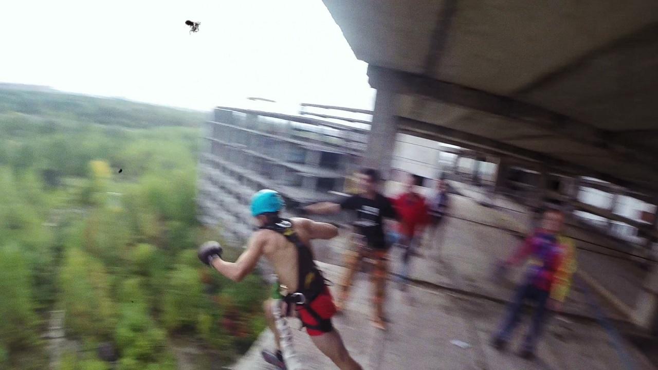 Денчик Балбоа прыжок роуп джампинг