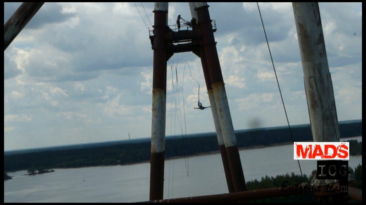 """""""банджиджампинг"""" с веревкой с 70 метров в Конаково"""