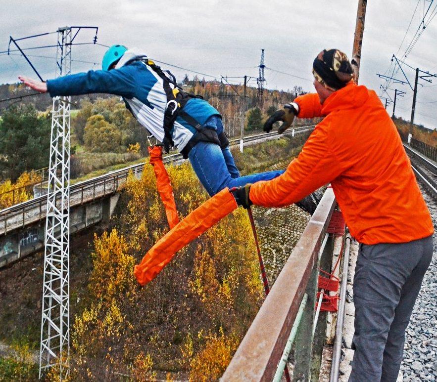 Осенний роупджампинг с мста 25 метров