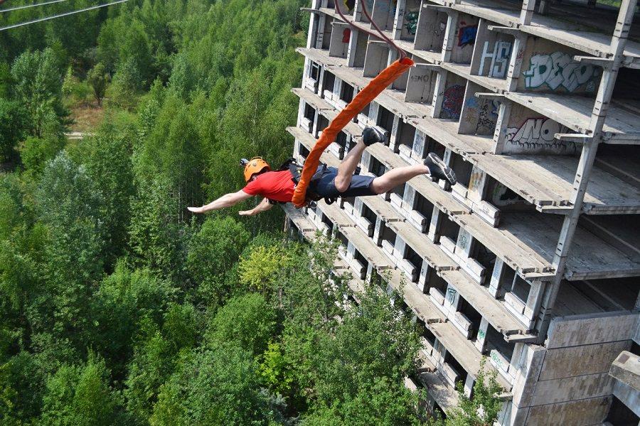 Роупджампинг прыжки со здания в Московской области