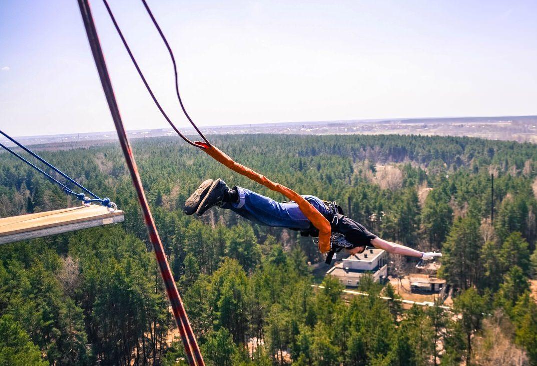 прыжок с веревкой с вышки 50м