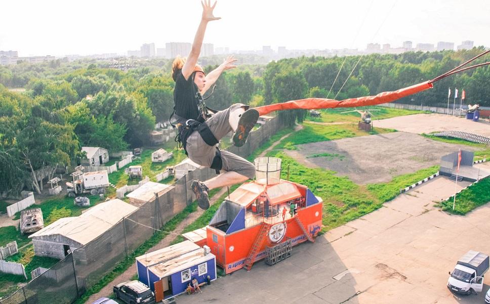 Позитивные прыжки в Москве