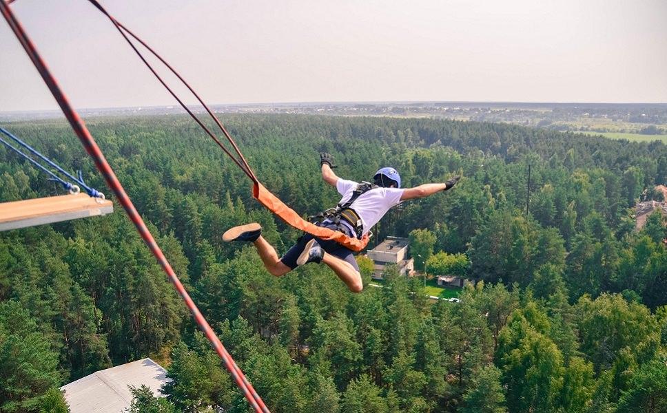 Прыжок с 50 метровой вышки