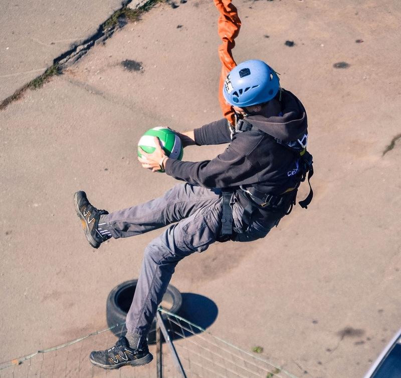 Прыжок с веревкой с КРЦ с мячиком