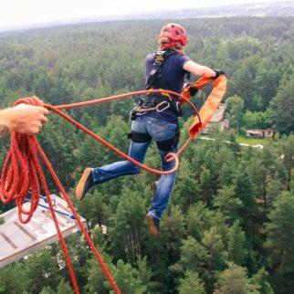 роупджампинг с веревкой высота 50м